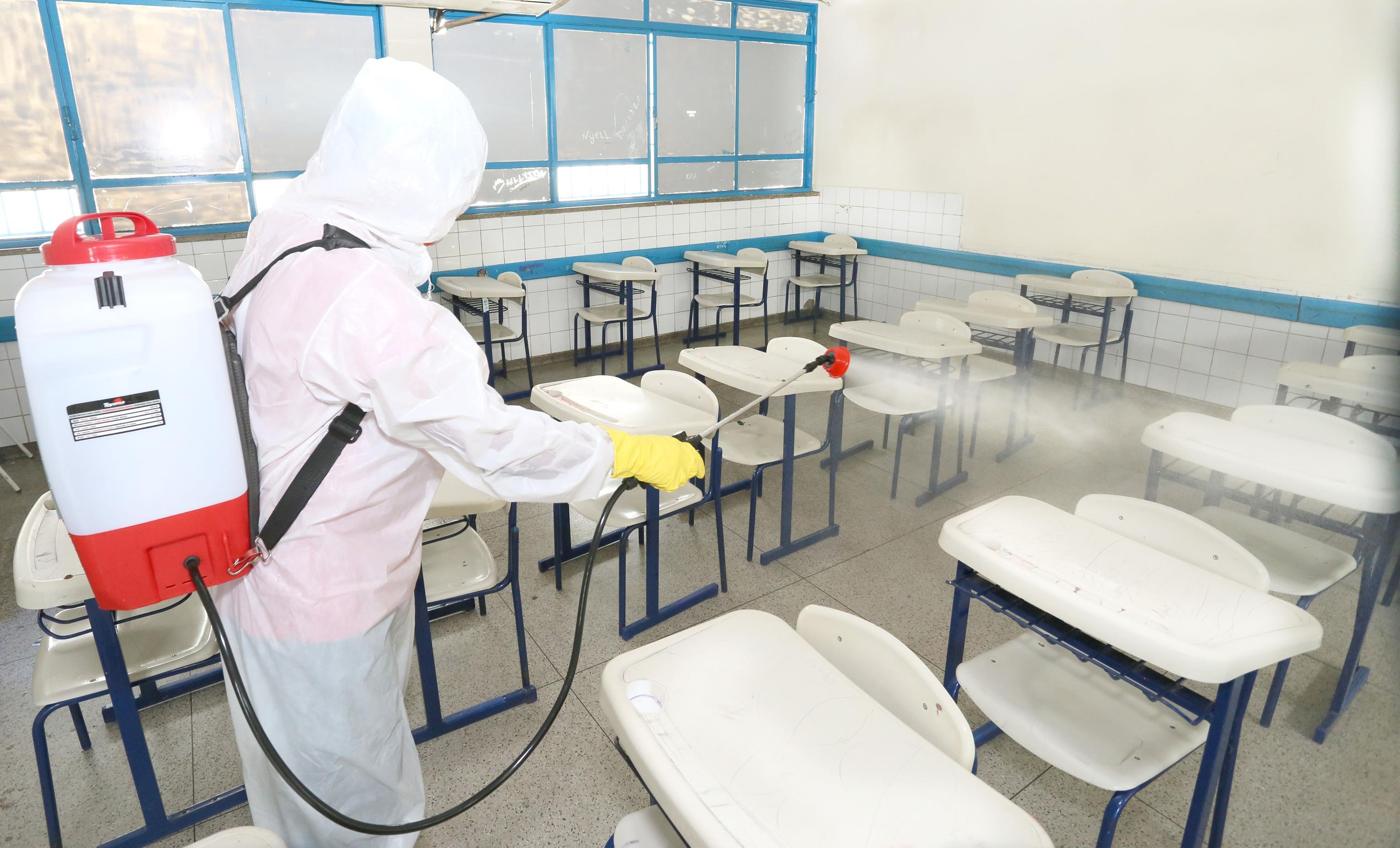 Escolas estaduais do Tocantins vão passar por sanitização, incluindo as de Guaraí