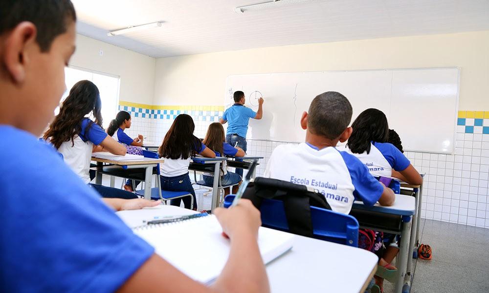 Foto: Ilustração/SEDUC-TO - No caso da rede estadual, um novo calendário escolar ainda deve ser elaborado e o retorno dependerá do monitoramento dos números da pandemia, havendo possibilidade de recuo.