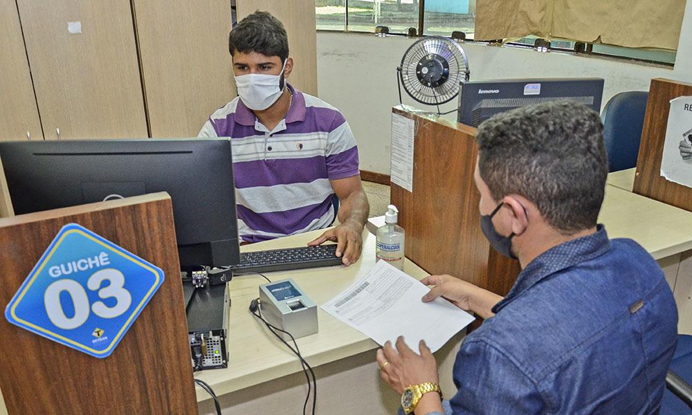 Agendar atendimento no DETRAN/TO exige paciência e persistência em meio a pandemia