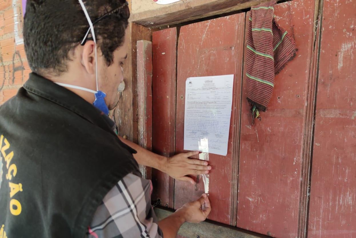 Após denúncias, Vigilância Sanitária fiscaliza bares na região da Beira do Rio em Guaraí