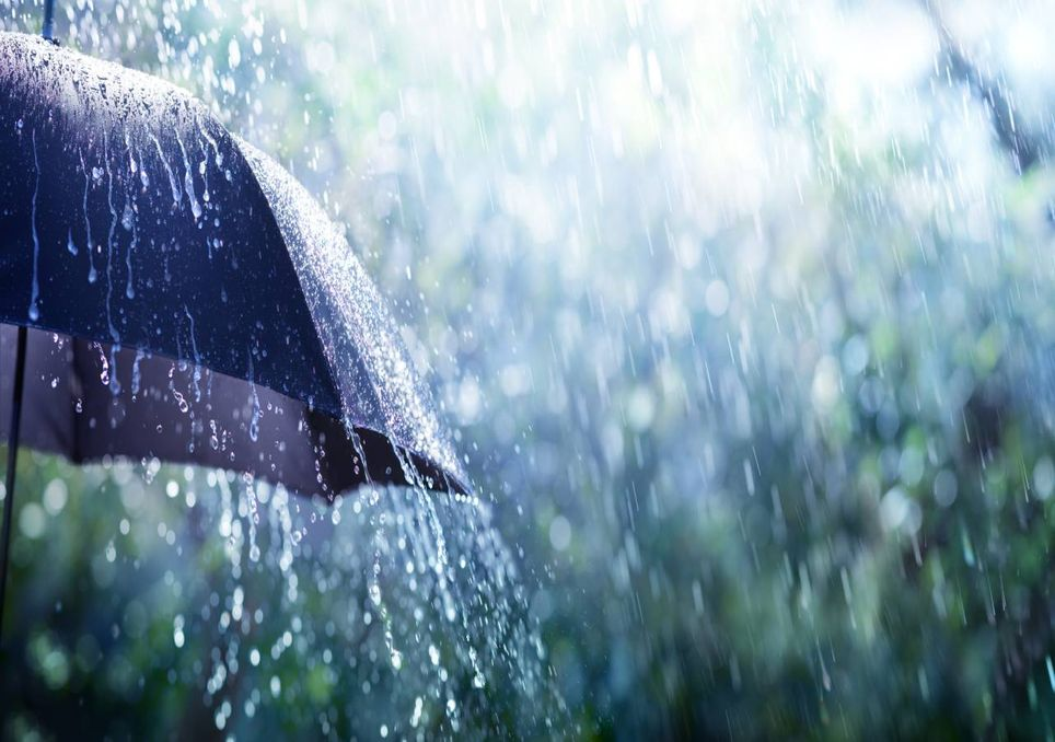 Empurrada pelos ventos, chuva alivia o calorão registrado em Guaraí nos últimos dias