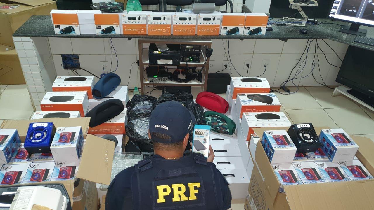 PRF de Guaraí apreende produtos transportados sem nota fiscal, avaliados em R$ 160 mil