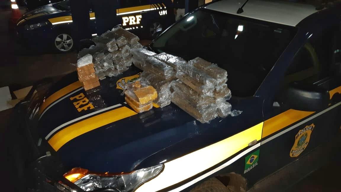 PRF encontra 58,8Kg de drogas dentro de caminhão que se envolveu em acidente próximo à Guaraí