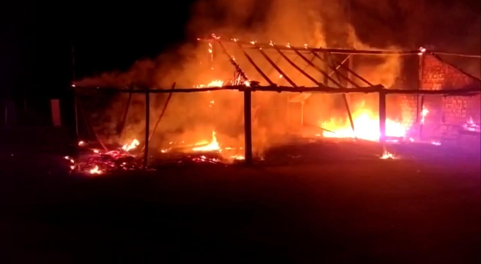Bar é incendiado na comunidade rural Beira do Rio em Guaraí; Polícia Civil investiga o caso