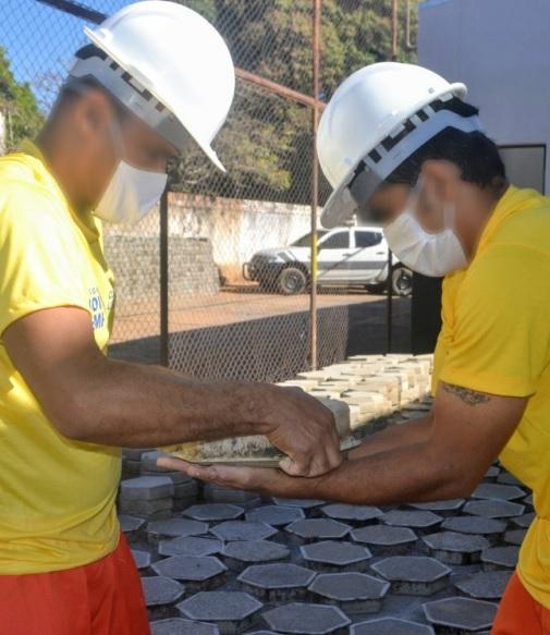 Presos de Guaraí vão fabricar bloquetes para manutenção de vias urbanas, prevê termo de cooperação