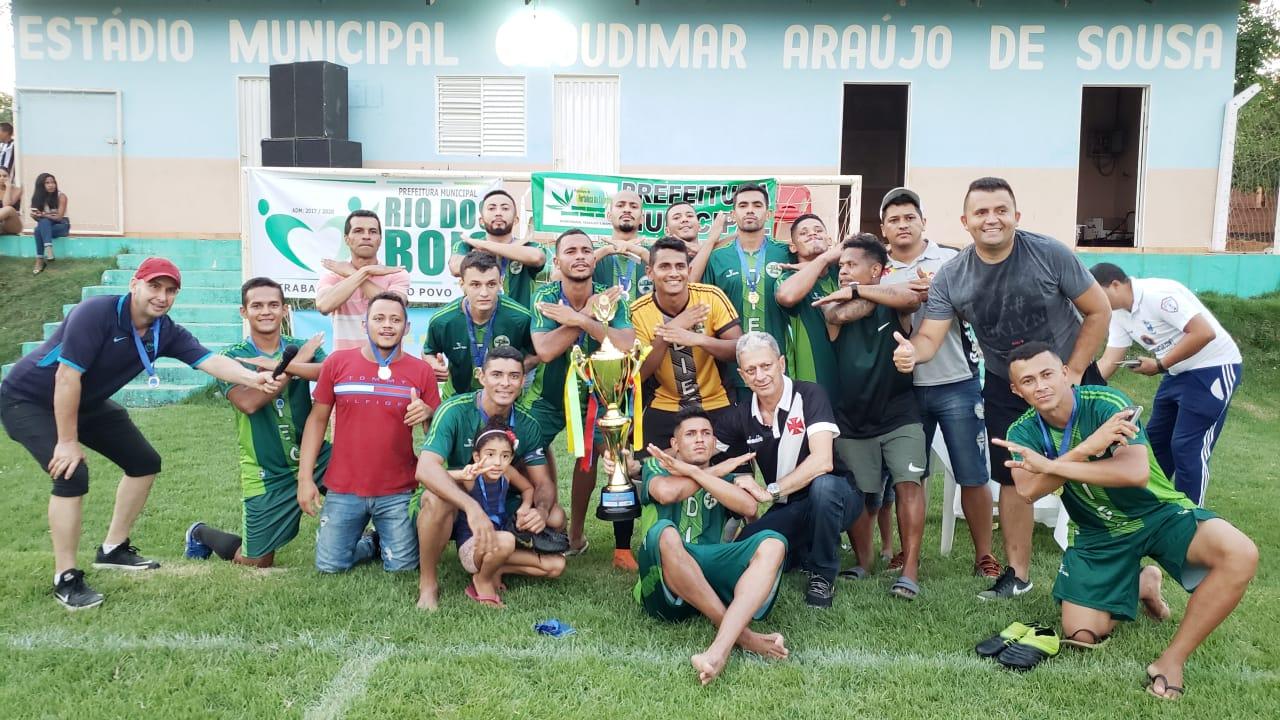 Dois Irmãos conquista título da 1ª Copa Regional de Guaraí ao vencer o Caldeirão de Colméia