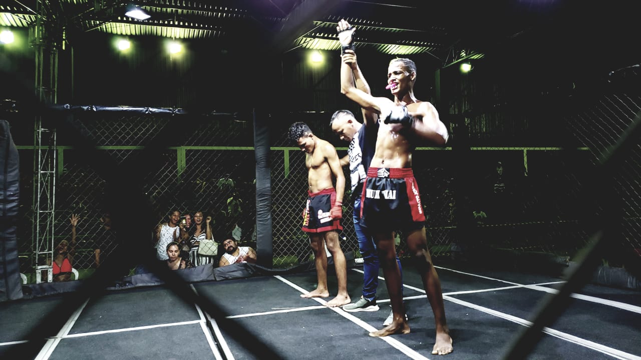 Atletas da casa levam a melhor e vencem a maioria das lutas no 1º Guará Fight Combate (GFC)
